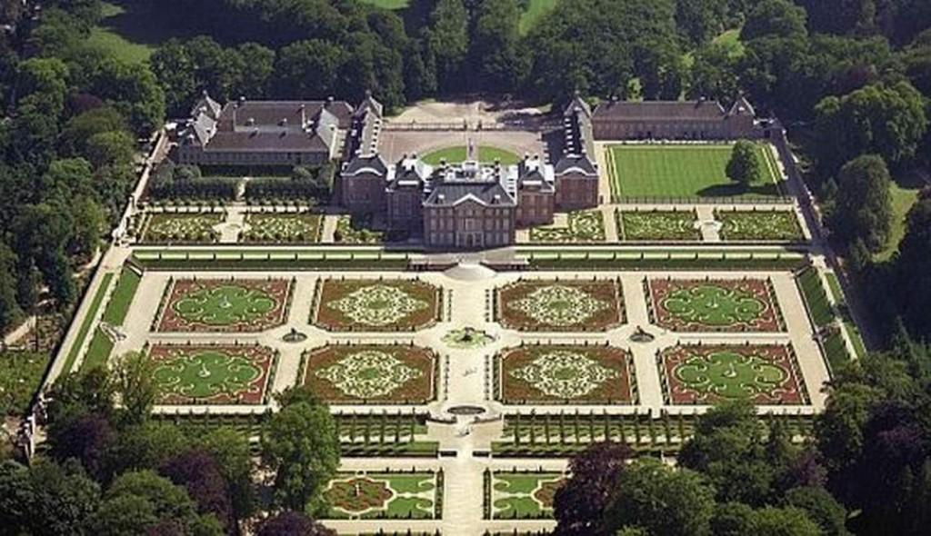 baroktuin, ook een ode aan de tuinontwerper van weleer.