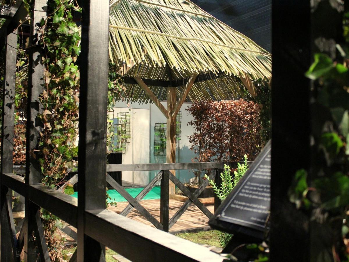 Kloostertuin model voor stand huis en tuin for Huis in tuin